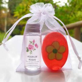 agua-de-rosas-+-jabon-artsoap